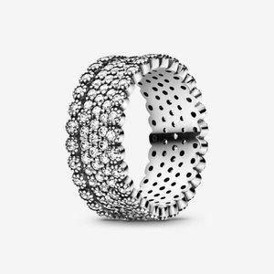 😋Pandora  Sparkling Pave Band Ring